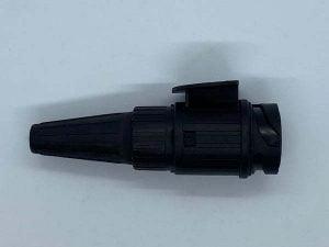 13-pin plug